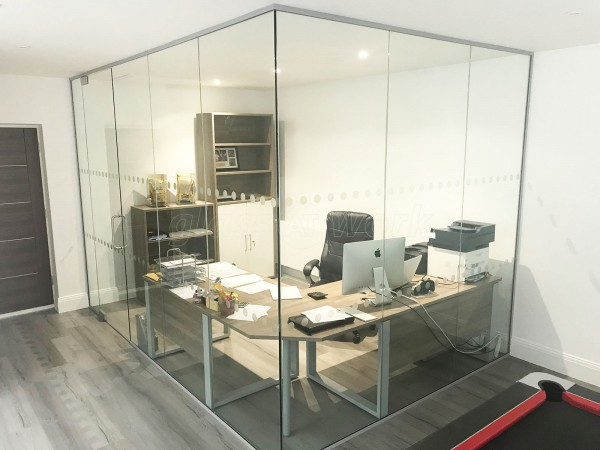 Corporate Financial Services Limited UK (Hemlington, Middlesbrough): Frameless Toughened Glass Corner Room
