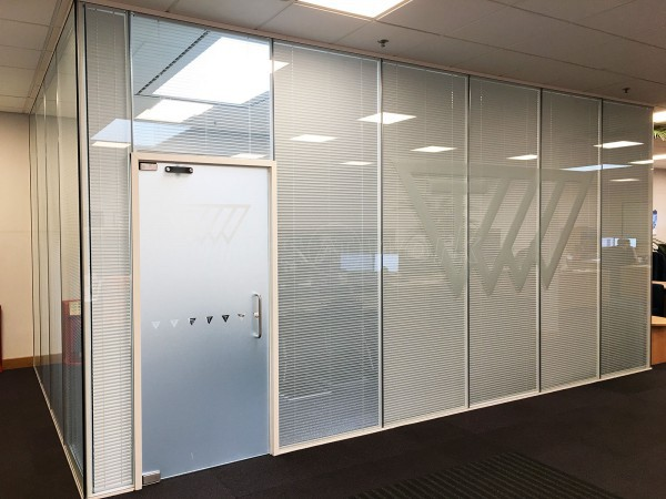 Trelleborg AVS (Leicester, Leicestershire): Double Glazed Meeting Room With Integral Blinds & Bespoke Film