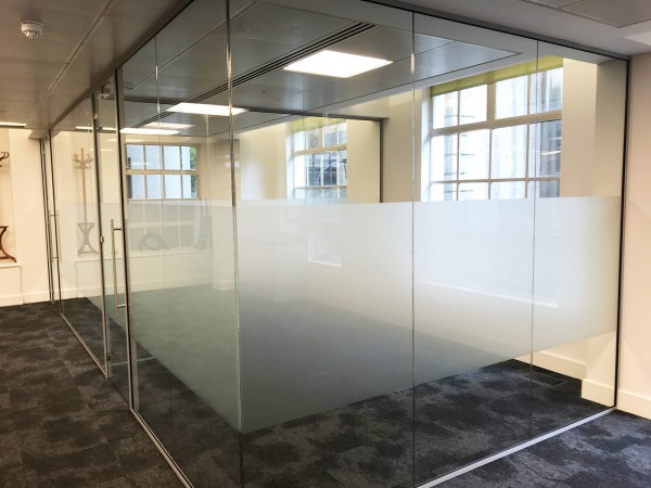Tulchan (Fleet Street, London): Two Glass Office Meeting Room Enclosures Using Laminated Acoustic Glazing