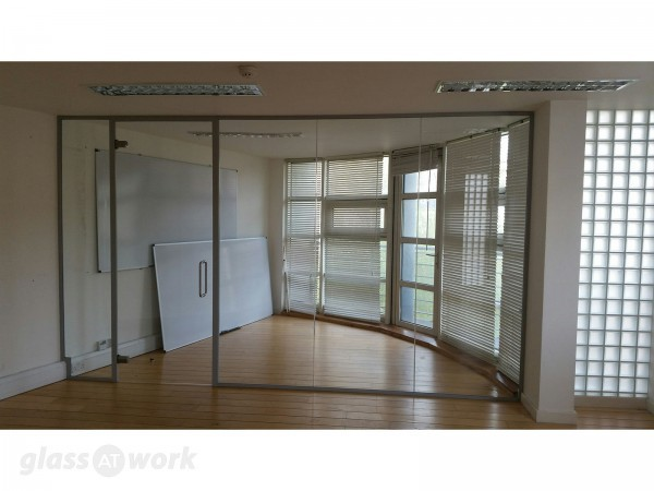 Upfront (London): Glass Office Partitions